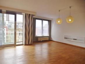 Volledig gerenoveerd en ruim 2 slaapkamer appartement, gesitueerd op 5 min wandelen van het Centraal Station, in de nabijheid van het centrum van Antw