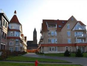 Duplex in Denderhof. Uitstekende afwerking op een prachtige locatie aan de Dender. 1 slaapkamer met ruime badkamer. Vlakbij station van Erembodegem zo
