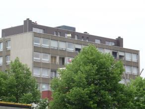 """DAKAPPARTEMENT MET VERBLUFFEND UITZICHT EN STAANPLAATS !<br /> <br /> Deze knappe residentie """"Bruegel"""" genaamd is de thuisbasis voor dit prachtige dak"""