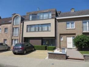 Aan de rand van de stad bevindt zich de Lepelstraat, hier vinden we ter hoogte van nummer 20 dit zeer gezellige gelijkvloerse appartement terug wat on
