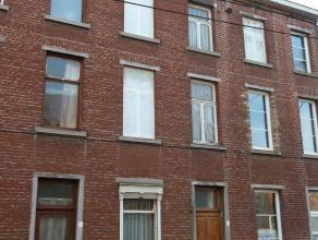 Maison idéalement située dans le centre et se trouvant dans un quartier calme à proximité immédiate des écol