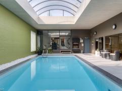 Prachtige luxueuze villa met overdekt zwembad Magnifieke villa afgewerkt met prachtige kwaliteitsmaterialen en voorzien van alle comfort. Volledig ger