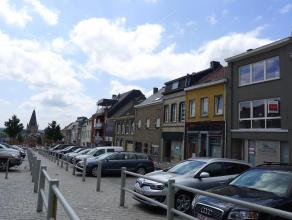 Welgelegen ruime woning ideaal als handelspand of kantoor. Heel mooi gelegen in het centrum van de stad. Volledig vernieuwd en dus perfect instapklaar