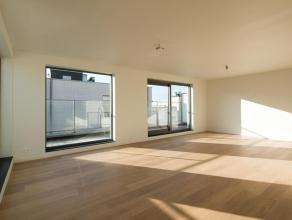 Residentie Bellevue - Prachtige penthouse op de 4e verdieping. Ruim appartement van +- 113m² en een terras van +- 19m², bestaande uit : inko