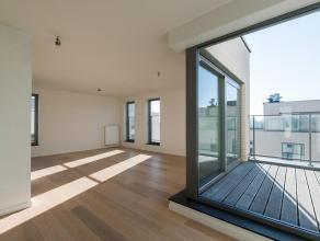 Residentie Bellevue - Prachtige penthouse op de 4e verdieping. Zeer lichtrijk appartement van +- 108m² en een terras van +- 11m², bestaande