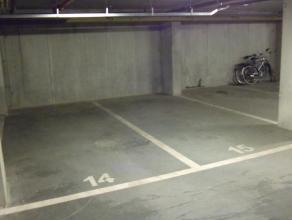 Ondergrondse autostaanplaats In het centrum van Wachtebeke. Duurtijd huurcontract bespreekbaar. 40euro per maand + 5euro per maand gemeenschappelijke