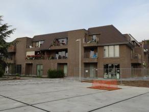 """Ruim verzorgd 2 slaapkamer appartement in de residentie """"Villa De Paralta"""" te huur. Deze residentie ligt in een rustige omgeving met groen en toch in"""