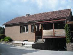 grote living(8x4),eethoek,keuken,badkamer,wc,ondergrondse garage,werkhuis(8x4),carport,3afgewerkte zolderkamers,nieuwe condensatie mazoutketel,2kelder