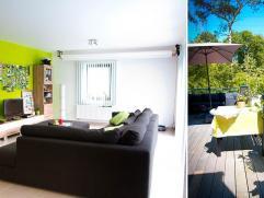 Beschrijving  Ruim appartement (111m2) in residentie Oude Hoeve met 2 slaapkamers, bureel, autostaanplaats, kelder en zuid-georiënteerd terras 18