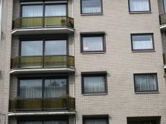 Zonnig appartement in nieuwe rustige wijk, bij centrum, winkels, openbaar vervoer, richting EDEGEM, A 12 en E 19, 2de verdieping met lift, living op p