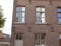 Een gezellige, karaktervolle woning met veel lichtinval in het centrum van Mariakerke. In de buurt van het landschapspark Groene Velden en het natuurr