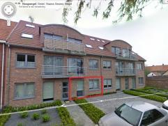 Rechtstreeks van de eigenaar.   Bijna nieuw gelijkvloers appartement ( bj 2007 ) te huur in de Hoogwegel 77 te Gistel (rustige straat).   Het appartem