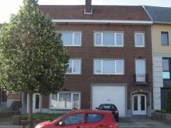 Gezellig appartement met prachtig uitzicht over Diest. Het appartement bestaat uit: woonkamer, volledig ingerichte keuken, grote slaapkamer, badkamer