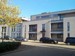 Zo goed als nieuw appartement kort bij Bilzen centrum in nieuwe en rustige verkaveling. Op wandelafstand van scholen, station en winkels. Gelegen aan