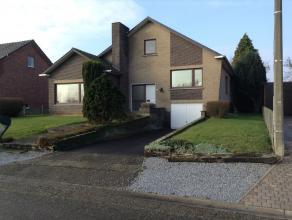 Vrijstaande woning met 4 slaapkamers, garage en ruime tuin in Alken  Vrijstaande woning met grote tuin in Alken (Sint-Joris), gelegen te Hemelsveldstr