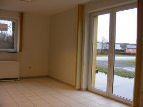 Loue appartement 1 chambre proximité  Arlon -  E411 école et commerces  Appartement 1 chambre de +/- 55 m², entièrement remis à neuf, salle de bain av