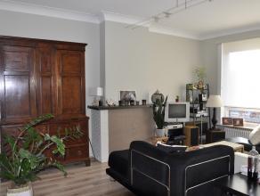 Ruim, licht appartement gelegen in het centrum van Brasschaat vlakbij het park  -3 slaapkamers  -grote heldere living  -groot terras, oostelijk georie