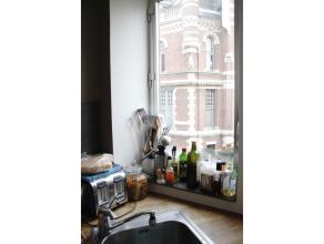 Appartement op DROOM locatie:  zijstraat van prachtige Cogels Osylei, 5 minuutjes wandelen van Dagenraadsplaats en Zurenborg. Velo - station om in 10