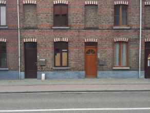 Gezellige gerenoveerde woning voor 3 personen. Ideale ligging, instap klaar. Op loopafstand van station, grote winkels en centrum Tienen - Grote livin