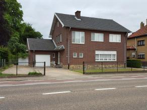 Villa-stijl huis met 4slaapkamers te koop gesitueerd in BERINGEN (3580), hasseltsesteenweg 50 - instapklaar - vlak bij centrum op enkele meters van wi