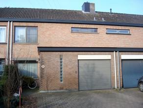 Instapklare energiezuinige woning(EPC204) gelegen nabij het centrum van Onze-Lieve-Vrouw Olen. Treinstation en bushaltes op loopafstand. Winkels en sc