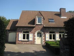 Rustig en centraal gelegen energiezuinig landhuis<br /> <br /> Dit landhuis is centraal maar tevens landelijk gelegen in een rustige en kindvriendelij