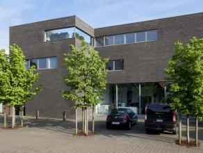 Uitzonderlijk handelspand met woonst en drie privé parkeerplaatsen gelegen in het centrum van Diksmuide op 250 meter van de markt en 200 meter van het