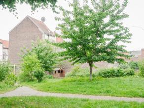 Loft spacieux & aéré, dans un espace vert avec terrasse,  jardin et garage! Cet habitat est en excellent état et est situé dans un emplacement unique,