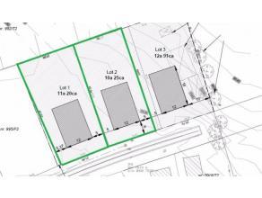 Twee prachtig gelegen residentiële bouwgronden voor een open bebouwing.<br /> <br /> De beide loten, met elk een oppervlakte van meer dan 10 are (lot