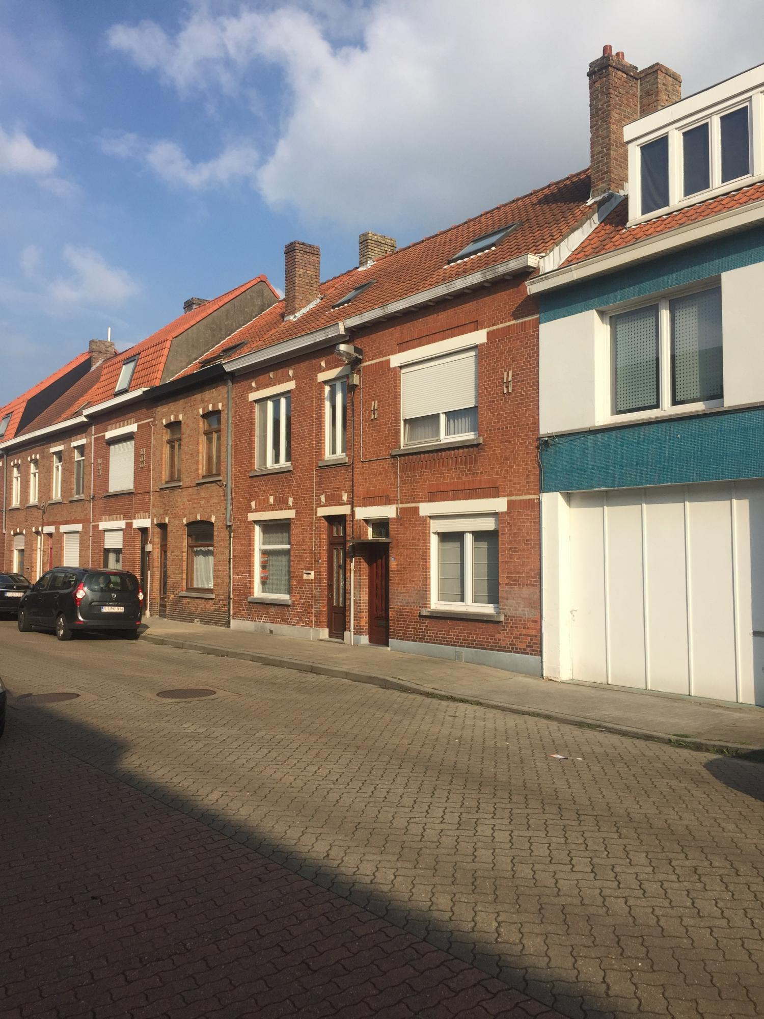 Huis met 2 slaapkamers te koop in Assebroek (8310) - Zimmo