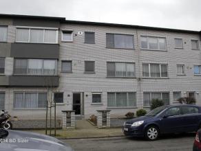 Appartement in een rustige omgeving. Klein en rustig blok van 6 appartementen. Dicht bij aansluiting autostrade (geen hinder, lawaai of dergelijke van