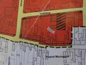 Te renoveren woning met terras en tuin.<br /> Momenteel verhuurd.<br /> Centraal gelegen, dicht bij school, Leie, bushalte,...