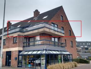 INSTAPKLAAR HOEKAPPARTEMENT met ZUIDGERICHT TERRAS<br /> <br /> instapklaar zonnig hoekappartement (2e verdieping) met twee slaapkamers, inkom, leefru