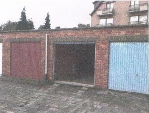 Garage louer aarschot 85 focy8 zimmo for Garage professionnel a louer