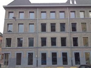 Nieuwbouw appartement in het historische centrum van Diest tegenover de 13de eeuwse Onze-Lieve-Vrouwekerk. Zuidwest geörienteerd.<br /> Parkeerterrein