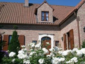 Klassevolle alleenstaande villa te koop in rustige, residentiële wijk. Hoogwaardige afwerking.<br /> Prachtig aangelegde tuin, vijver met Koi's en zon