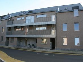 Dit appartement wordt verkocht btw inclusief maar met registratierechten (10%) en is gelegen in de dorpskom van Broechem, op 50 m van de kerk.  Het ap