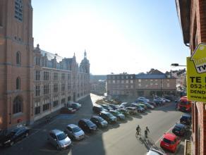 Instapklaar appartement in het centrum met 2slp In het centrum, uitstekend gelegen, met zicht op de Vlasmarkt en op enkele stappen van de Grote Markt,