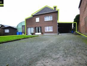Vrijstaande gezinswoning met opslagruimte te Sint-Gillis-Dendermonde Deze woning is zeer rustig en landelijk gelegenAls indeling heeft men op het geli