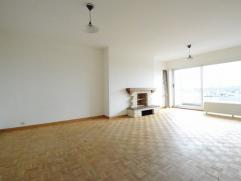 Dit instapklaar appartement op de 7de verdieping, is gelegen te Dendermonde vlakbij de Brusselse Forten, station, scholen en op enkele voetstappen van