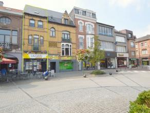 Ruime handelswoning te koop in het hartje van Dendermonde Deze handelswoning is zeer goed gelegen met zijn Unieke locatie in de meest bezochte winkels