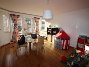 Berchem-Sainte-Agathe: A LOUER - Charmant appartement spacieux et lumineux, situé dans une copropriété propre et entretenue, comp