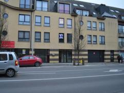 Mooi en verzorgd appartement met een slaapkamer. Het appartement is gelegen in een recent gebouw aan het stadscentrum van Aalst. Het appartement is vr