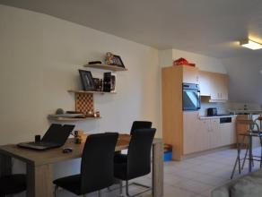 Mooi en ruim appartement met twee slaapkamers. Het appartement heeft een moderne uitstraling en is instap klaar. Een moderne open keuken, living, berg