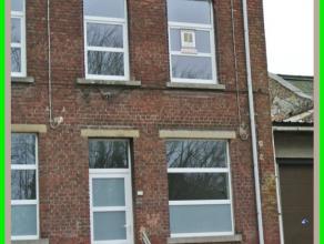 Belle maison entièrement rénovée, située non loin du centre Ville, de l'institut Saint-Joseph, et de la gare du centre