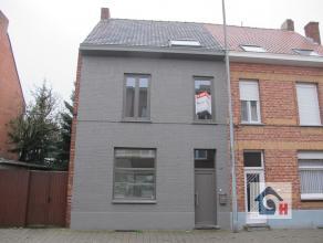 Complete moderne woning in hartje Turnhout nabij de jachthaven. Een ontzettend energiezuinige woning met 4 à 5 slaapkamers en tuin volledig nie