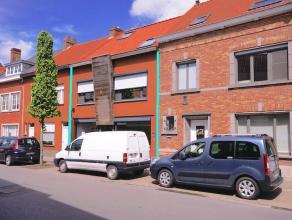 Instapklaar woon- en handelshuis met 4 slpks op zichtlocatie te Sint-Kruis (Brugge)!+Toevoegen mijn centrohomeInstapklaar woon- en handelshuis in het