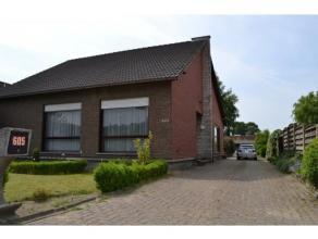 Gelegen aan de Herentalsebaan 605 in Wommelgem, aan één van de belangrijke verkeersaders vinden we dit interessant gelegen eigendom teru