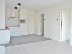 Een mooi en gloednieuw appartement met 1 ruime slaapkamer en een ensuite badkamer in residentie  BouwHuis, een strak vormgegeven nieuwbouw langsheen d