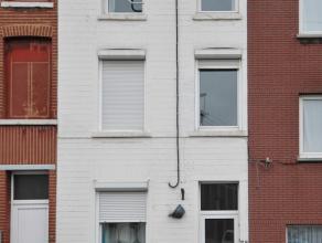 Renseignements 7j/7 de 8h à 22h.Maison 2 façades à rénover, idéale pour 1ère acquisition ou jeune coup